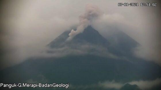 Gunung Merapi Kamis (7/1/2021). (Twitter @BPPTKG)