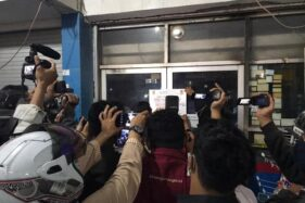 Langgar Aturan PPKM, 3 Toko di Semarang Disegel, 87 Orang Dihukum Push Up