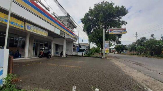 Salah satu toko modern berjaringan yang berdiri di Kecamatan Geger, Kabupaten Madiun, Senin (8/2/2021). (Solopos.com/Abdul Jalil)