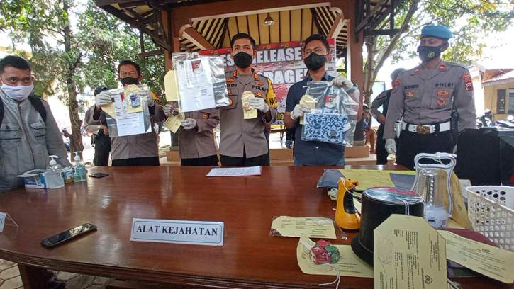 Bermodal Kartu Pegawai RSUD Palsu, Pengangguran di Sragen ini Tipu 5 Korban hingga Ratusan Juta Rupiah