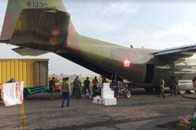 Dua Ton Bantuan Korban Bencana Alam Diangkut Hercules Menuju Mamuju-Majene