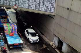 Kendaraan Berat Dilarang Lewat Underpass Makamhaji Kartasura!