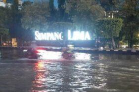 Ini Dokumentasi Semarang Dilanda Banjir saat Hujan Lebat