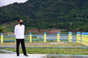 Kerumunan Jokowi dan Rizieq Jadi Sorotan Netizen