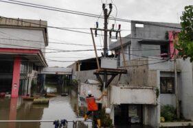 PLN Berhasil Pulihkan Sebagian Listrik Usai Banjir Landa Semarang