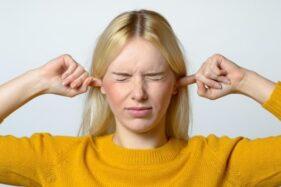 Jarang Disadari, 4 Kebiasaan Ini Bisa Jadi Penyebab Gangguan Pendengaran