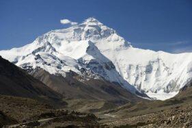 Gletser di Pegunungan Himalaya Longsor Picu Banjir, 130 Orang Diperkirakan Tewas