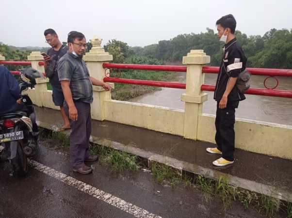 PNS Karanganyar Jatuh ke Bengawan Solo, Tim SAR Susuri Sungai Sampai ke Bojonegoro