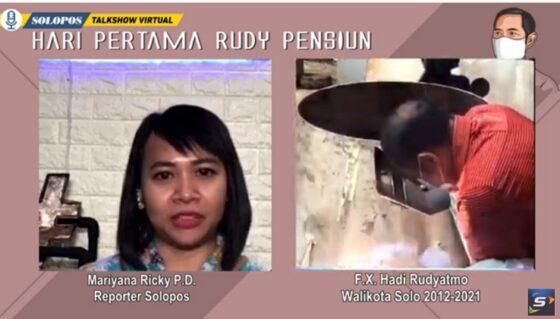 FX Hadi Rudyatmo menunjukkan aksinya ngelas saat acara live bareng Solopos (Youtube/Solopos TV).