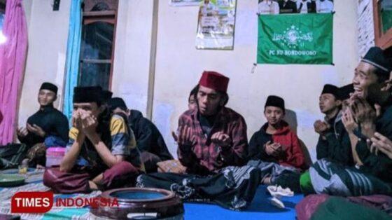 Perkumpulan Pemuda Tersesat Bondowoso gelar selawatan (Timesindonesia.com)