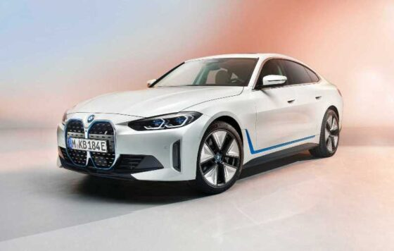 BMW i4/bmwgroup