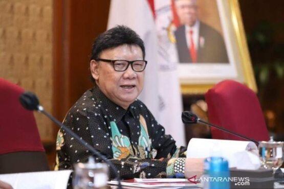 Menteri Pendayagunaan Aparatur Negara dan Reformasi Birokrasi Tjahjo Kumolo. (Antara)