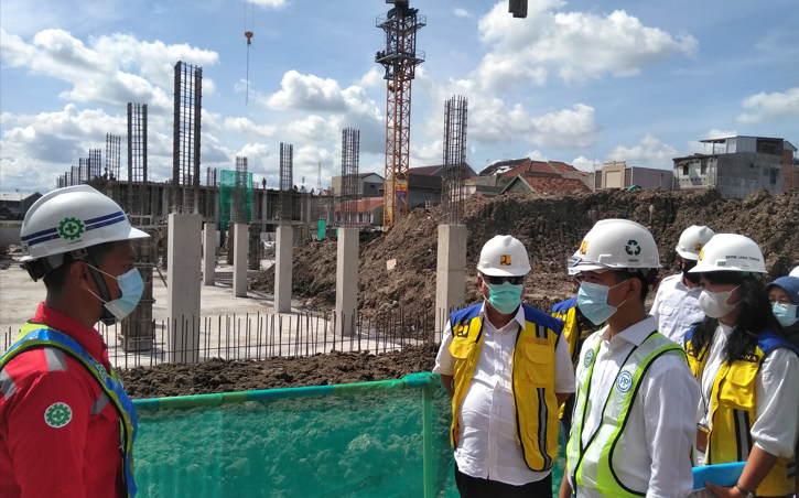 Jalan 6 Bulan, Pembangunan Pasar Legi Solo Hampir Separuh Jadi
