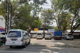 Pedagang Pasar Burung Madiun Keluhkan Keberadaan Pedagang Liar