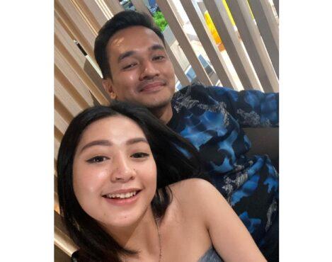 Mayang Sary bareng suami Vanessa Angel, Bibi Ardiansyah (Instagram/@_mayangsaryy).