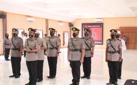 Sejumlah perwira yang dimutasi  mengikuti serah terima jabatan di Polres Klaten, Senin (8/3/2021). (Istimewa-dok. Polres Klaten)