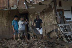 BNPB Beri Rp500.000 untuk Keluarga Terdampak Bencana di NTT