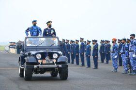 Atraksi Paramotor di Langit Lanud Iswahjudi Meriahkan HUT TNI AU