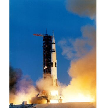 Peluncuran Apollo 13 pada 11 April 1970 (Wikipedia.org)