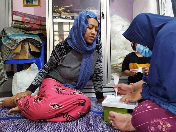 Kisah Waria di Semarang Ajari Mengaji Anak-Anak saat Ramadan