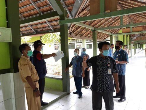 Peninjauan SMA Negeri 1 Wirosari, Kabupaten Grobogan sebelum pelaksanaan uji coba pembelajaran tatap muka (PTM). (Istimewa)