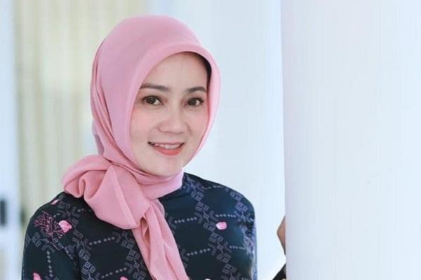 Istri Gubernur Ridwan Kamil, Atalia Praratya Positif Covid-19