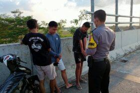 Polisi Bubarkan Kerumunan Anak Muda di Flyover Kebakkramat