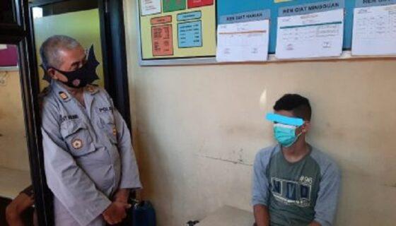 Aparat Polsek Sukorejo menangkap seorang remaja yang telah melakukan aksi pencurian. (Istimewa/Polres Ponorogo)