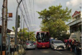 Ugal-ugalan! Gibran Langsung Tegur Sopir Bus BST di Instagram