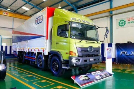 Hino Rilis Bus R 260 AS dan Ranger FLX Penuhi Pasar Truk ODOL