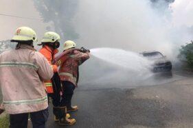 Mobil Sedan Terbakar di Overpass Pilangsari Sragen, Begini Kronologinya