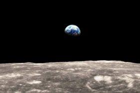 SpaceX Teken Kontrak Rp42 Triliun untuk Bangun Wahana Pendaratan di Bulan