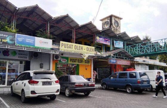 Pusat Kuliner Bojana Kudus. (Antara)