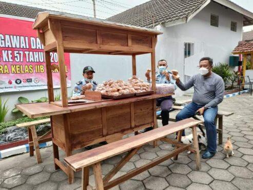 Pojok Angkring Extrafooding yang disediakan bagi warga binaan Rutan Kelas IIB Bantul selama bulan ramadan. (Istimewa/Rutan Kelas IIB Bantul)