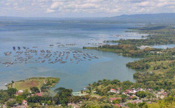 Area Wisata Waduk Gajah Mungkur Wonogiri dan sekitarnya yang akan dikembangkan mulai tahun ini. Foto diambil dari Wisata Watu Cenik, Desa Sendang, Kecamatan Wonogiri, Kabupaten Wonogiri, Sabtu (17/4/2021).