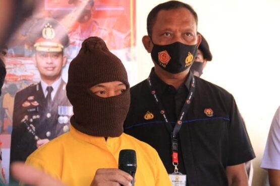 Bambang Sugiyanto, pria asal Kabupaten Ngawi yang ditangkap karena mencuri di masjid Kemenag Madiun, Kamis (1/4/2021). (Istimewa/Polres Madiun)