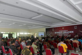 Kumpulkan 196 Kades, Bupati Sragen Ingatkan Agar Jangan Selewengkan Dana BKK