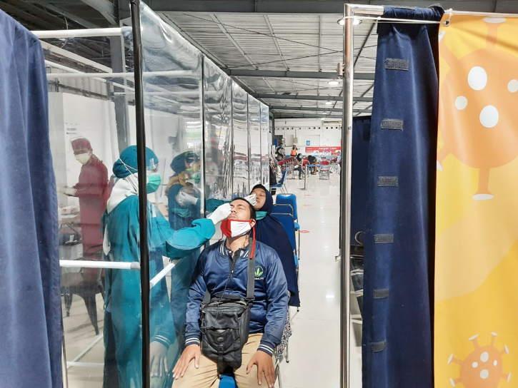 Turun, Rapid Test Antigen di Stasiun Lebih Terjangkau