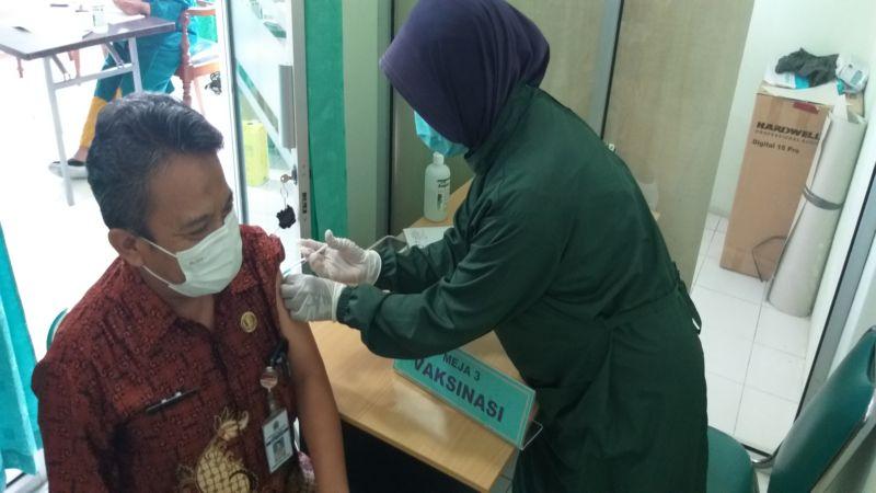 Hari Pertama Ramadan, Seratusan Guru Klaten Disuntik Vaksin Covid-19 Dosis Kedua