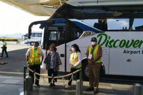 PT Angkasa Pura (AP) I meluncurkan layanan keliling bandara bertajuk Airport Education Tour Discover YIA pada Senin (12/4/2021). Program tersebut merupakan program yang digagas oleh AP I guna memfasilitasi warga yang ingin berwisata di Bandara YIA. (Harian Jogja/Hafit Yudi Suprobo)