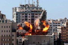 Ini Foto-Foto Pengeboman Gedung Al Jazeera oleh Israel...