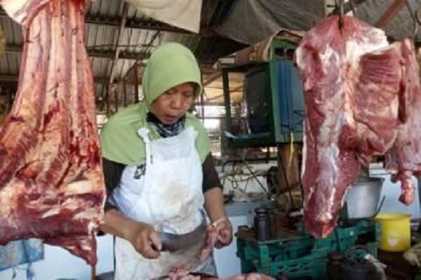 Daging Sapi di Semarang Tembus Rp140.000/Kg