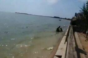 Viral Pemotor Nyemplung Pantai Jepara, Ternyata Begini Ceritanya