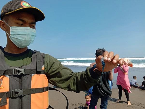 Serang Wisatawan di Parangtritis, Ubur-Ubur Api Belum Terdeteksi di Pantai Kulonprogo