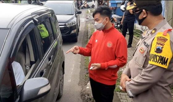 Kecolongan Pemudik Lolos Cegatan, Gibran 2 Jam Pimpin Penyekatan di Simpang Joglo