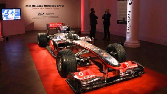Mobil Legenda F1 McLaren Lewis Hamilton Masuk Lelang