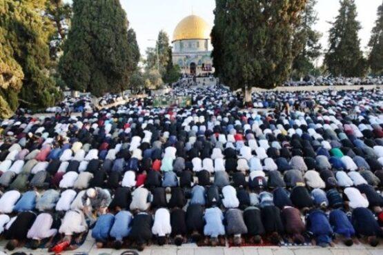 Begini Suasana Salat Id di Masjid Al-Aqsa di Tengah Serbuan Israel