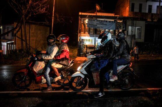 Ribuan Orang Telanjur Mudik, Negara Bisa Apa?