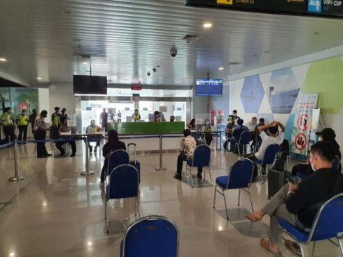 Suasana terminal Bandara Internasional Jenderal Ahmad Yani Semarang saat masa larangan mudik Lebaran, Senin (10/5/2021). (Istimewa/Humas PT AP I Bandara Ahmad Yani)