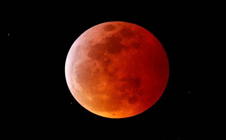 Super blood moon (ilustrasi/detik)